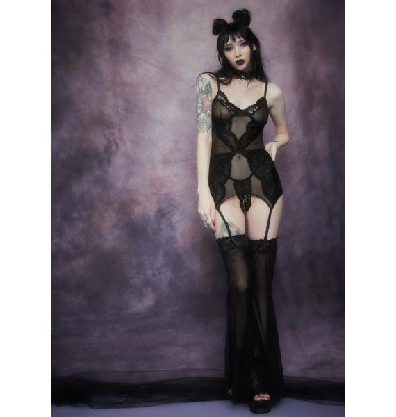 Widow Ravens Wing Lace And Mesh Chemise Set