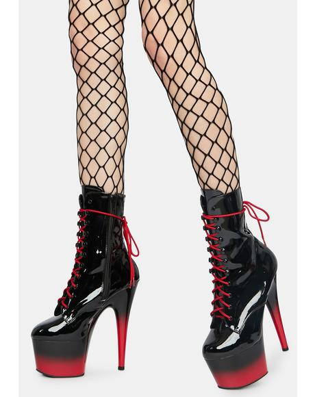 Crossin' The Line Fishnet Suspender Tights