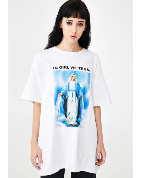 In Girl We Trust Graphic Tee