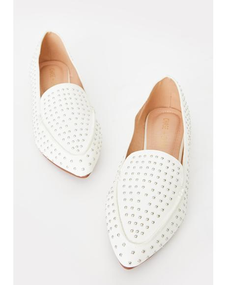 Lady In The Streets Ballet Flats