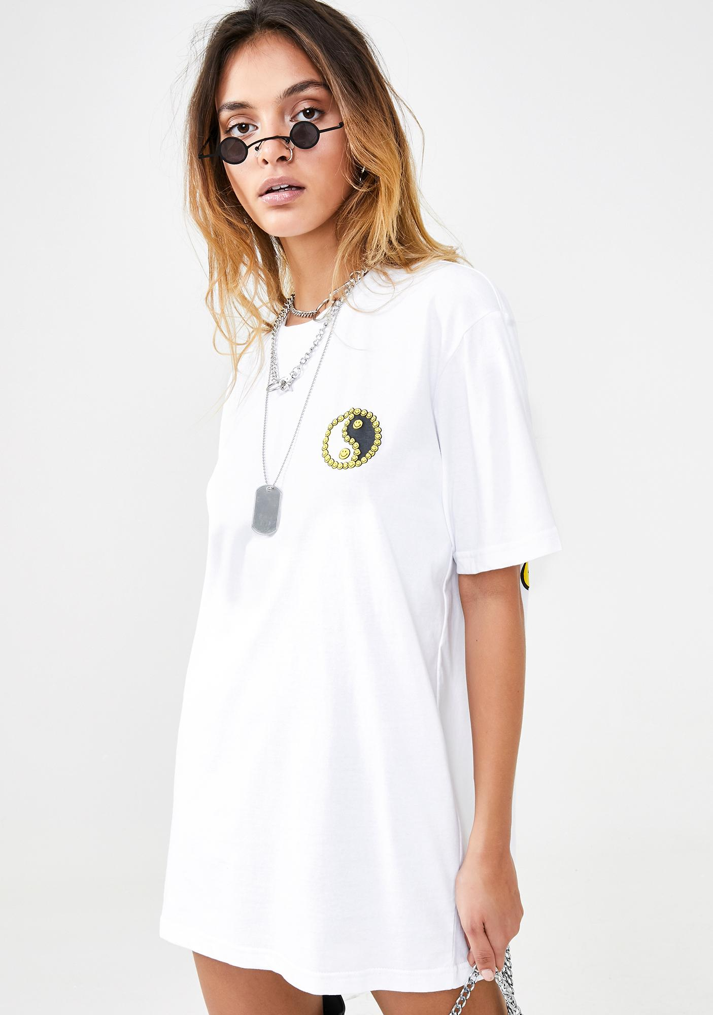 CHINATOWN MARKET Peace Smiley T-Shirt