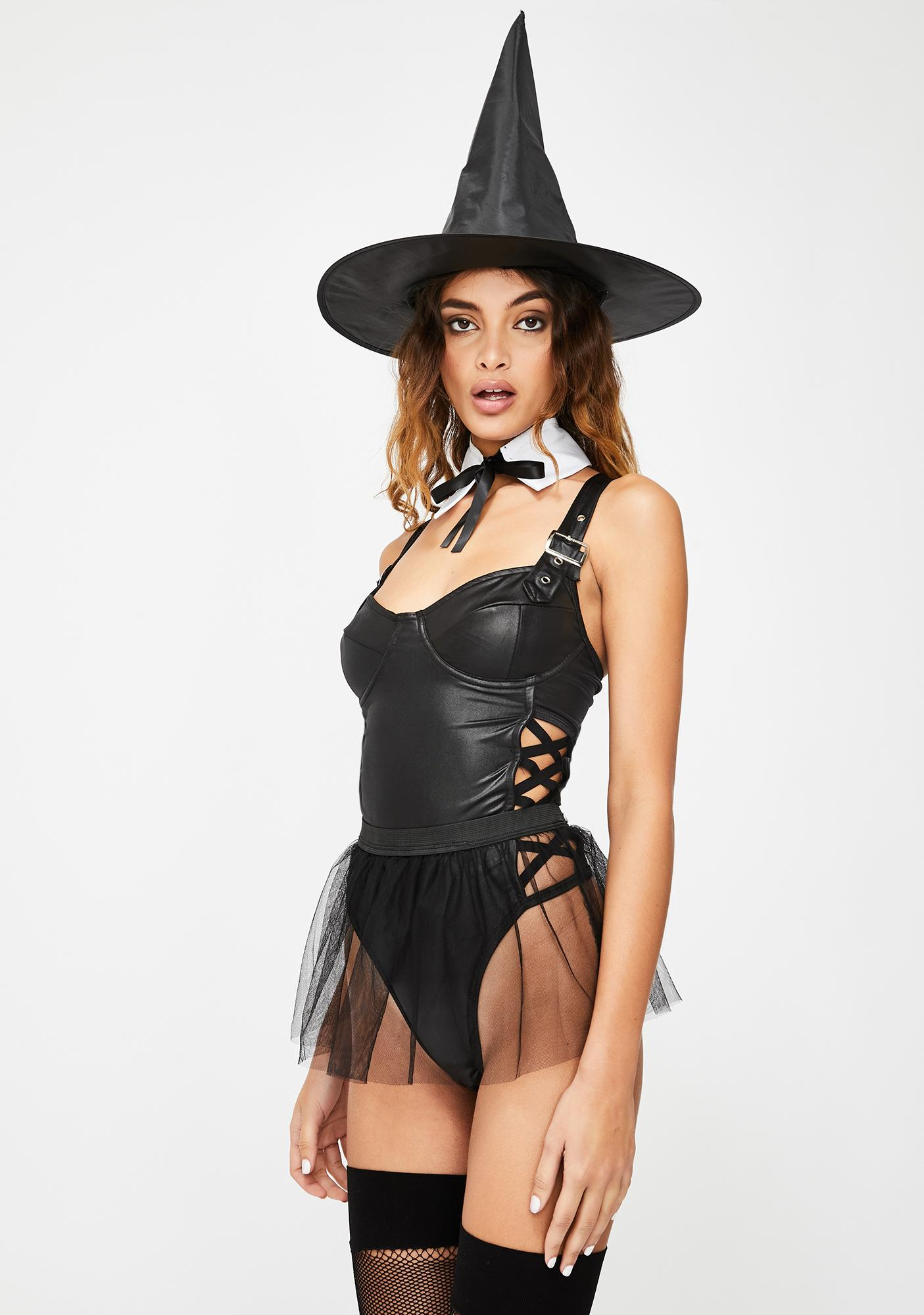 Restin' Witch Face Costume Set
