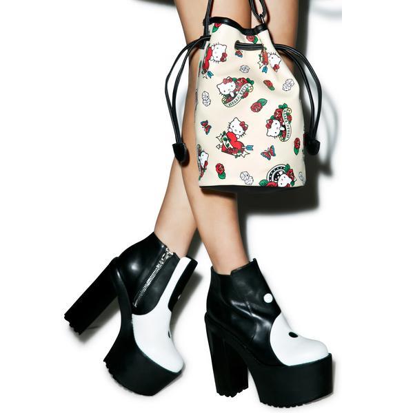 Sanrio Hello Kitty Bucket Bag