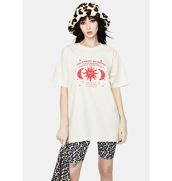 Daisy Street Tarot Reading Graphic Tee
