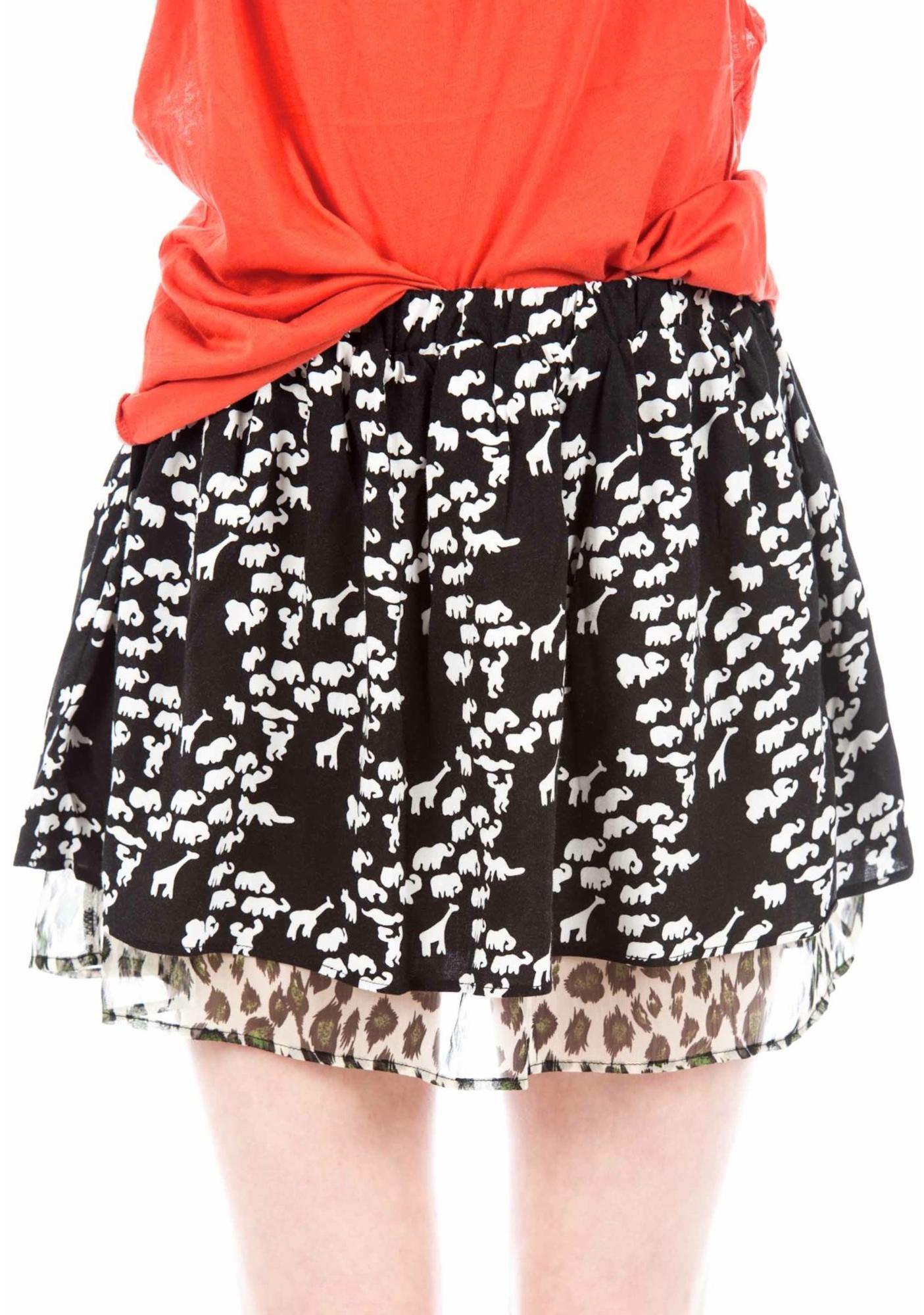 Under The Table Pleats Skirt