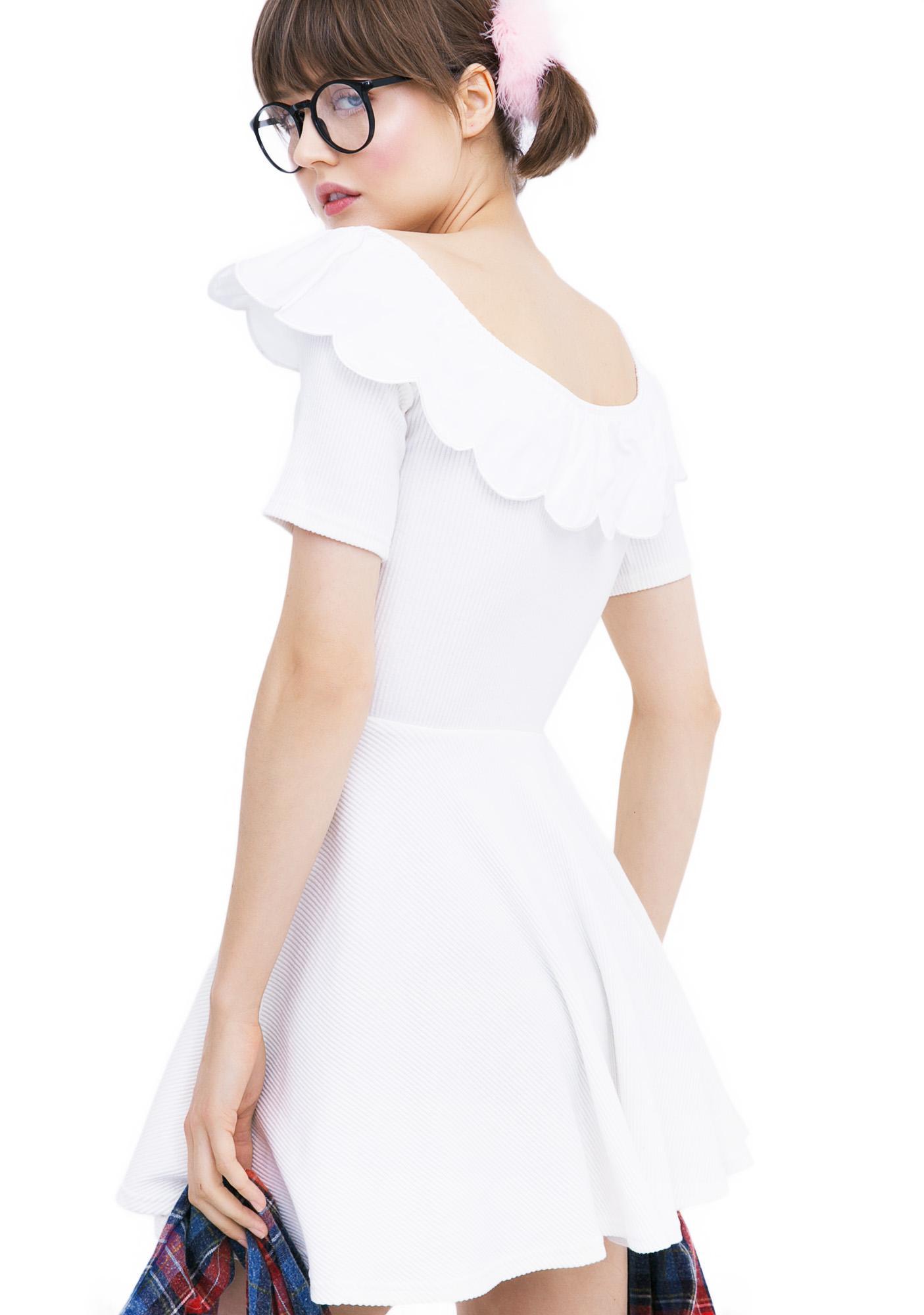 one spo Scallop Sweetheart Dress
