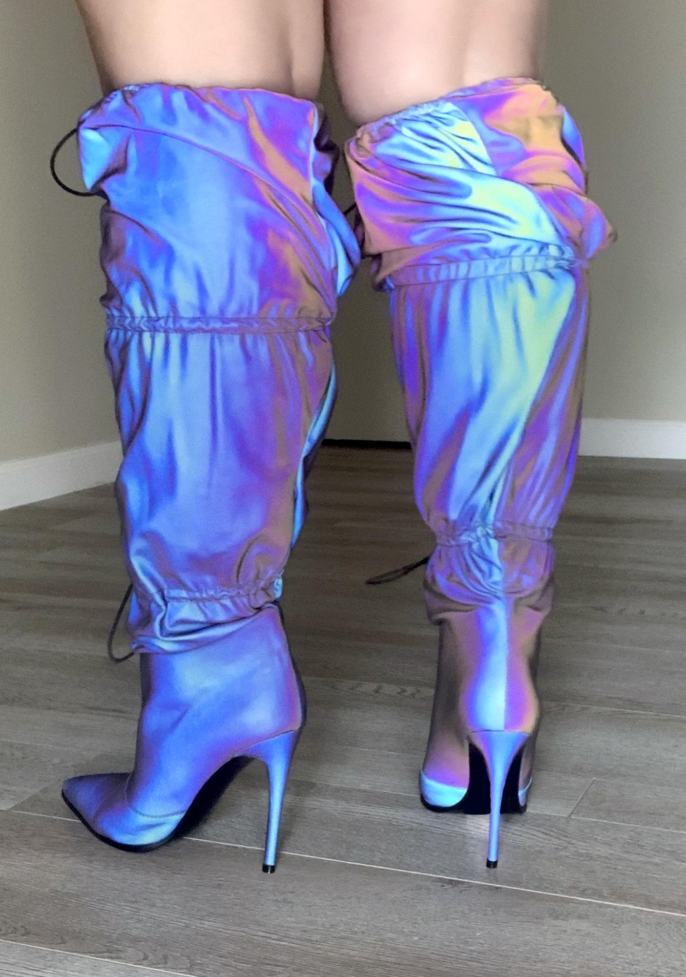 Poster Grl Rack It Up Reflective Boots