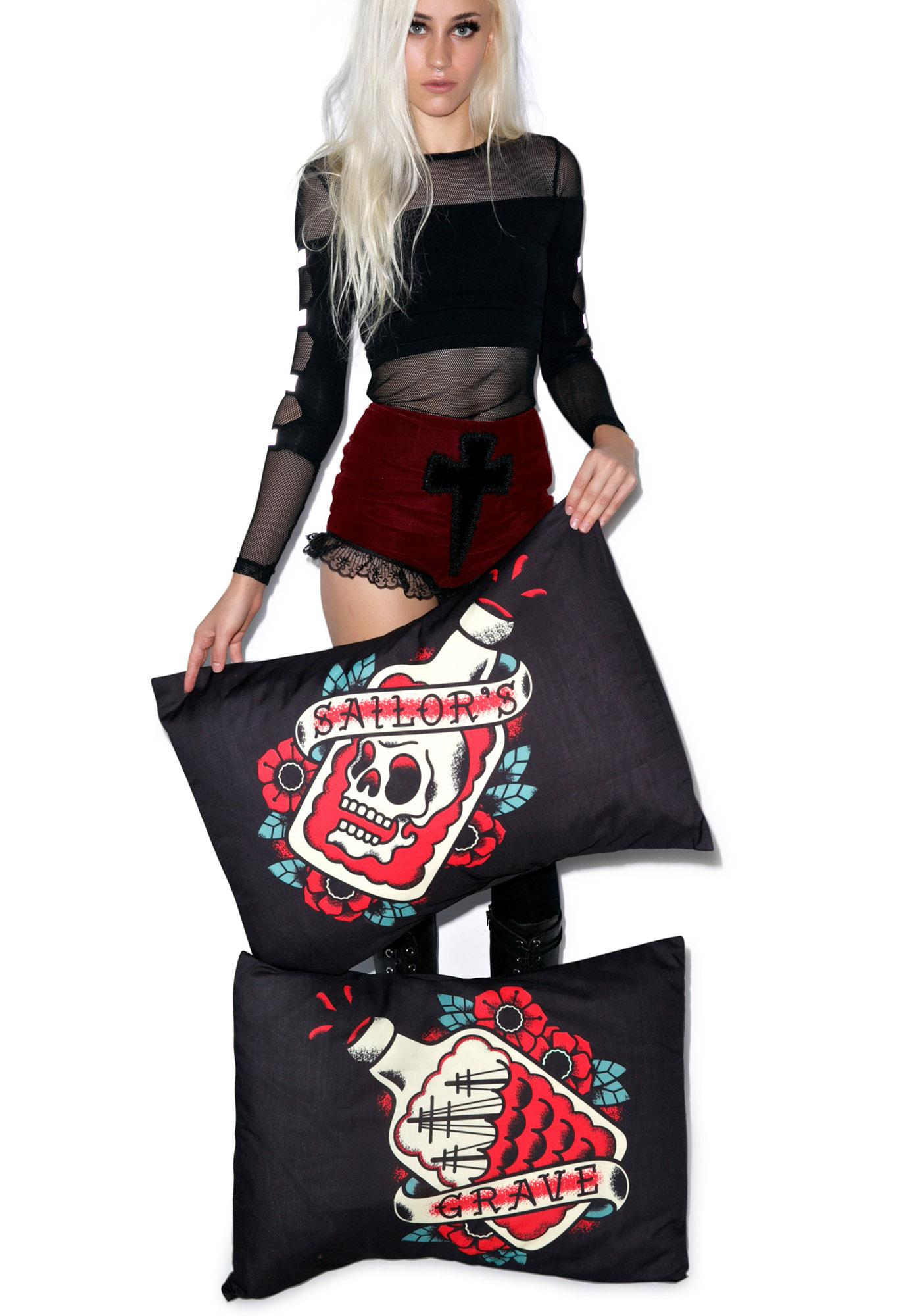 Sourpuss Clothing Sailor's Grave Pillowcase Set