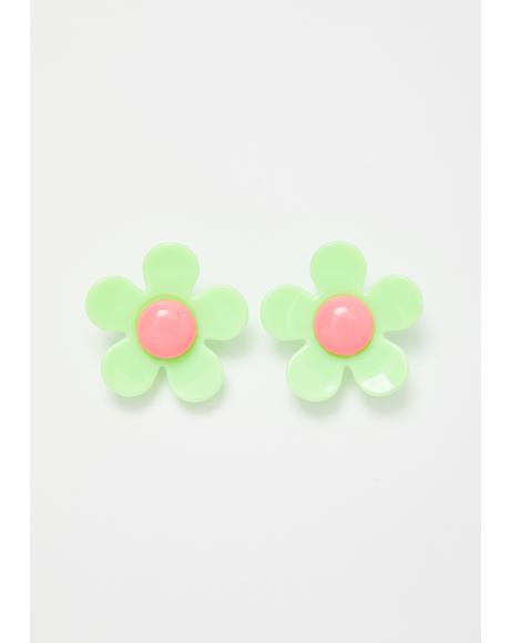 Paradise Moment Daisy Earrings
