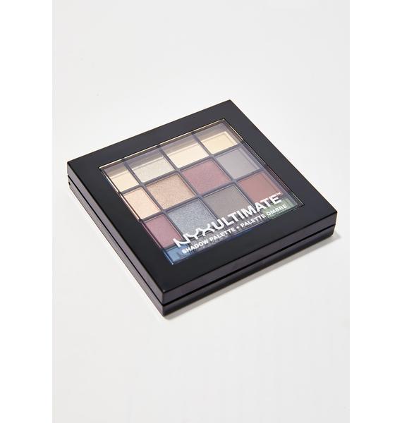 NYX Smokey & Highlight Ultimate Shadow Palette
