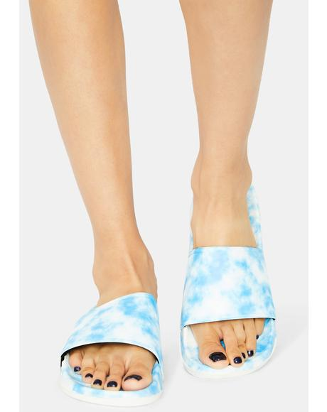 Pool Cloudless Sky Tie Dye Slides