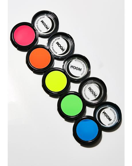 Neon Intense Yellow UV Eye Shadow