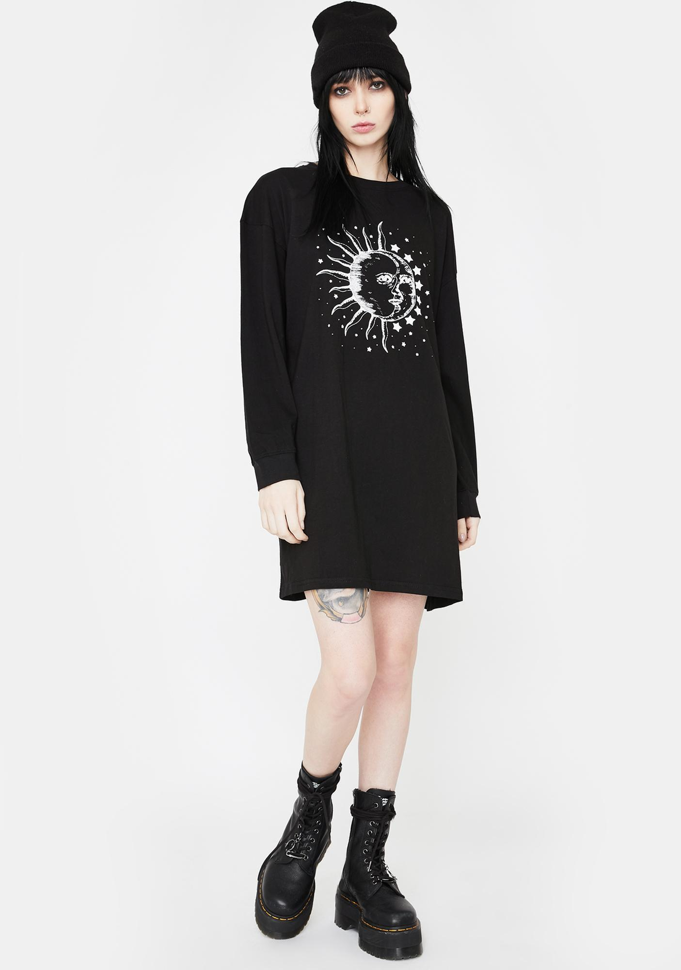 Daisy Street Graphic Print Long Sleeve Dress