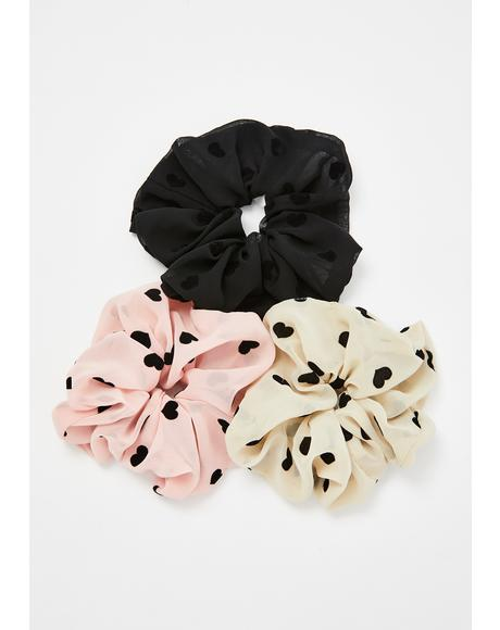 Cross Your Heart Scrunchie Set