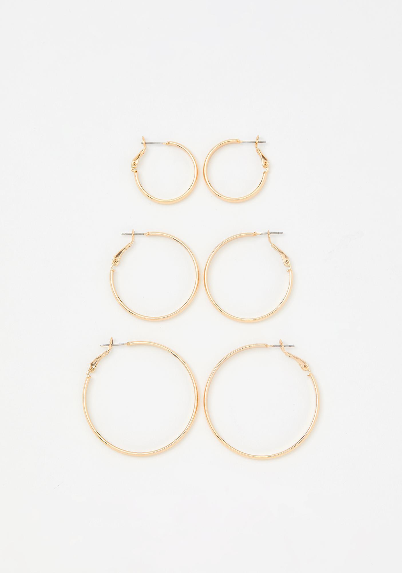 Golden Loop Me In Earring Set