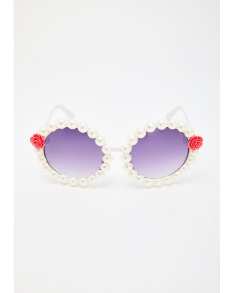 Untold Riches Round Sunglasses