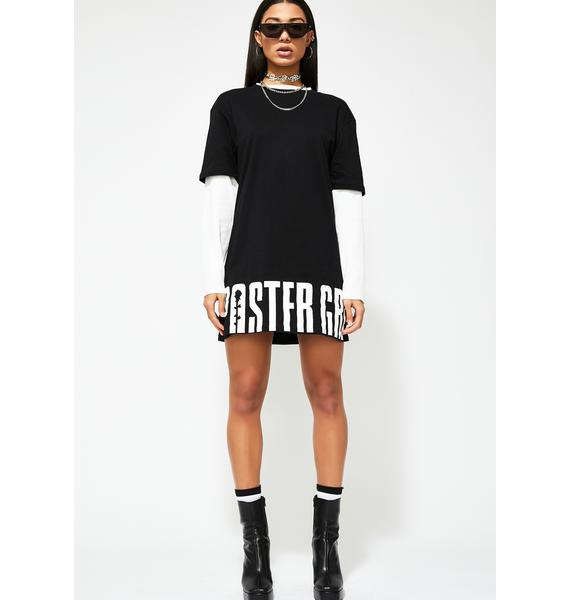 Poster Grl No Basic Bish Graphic Tee