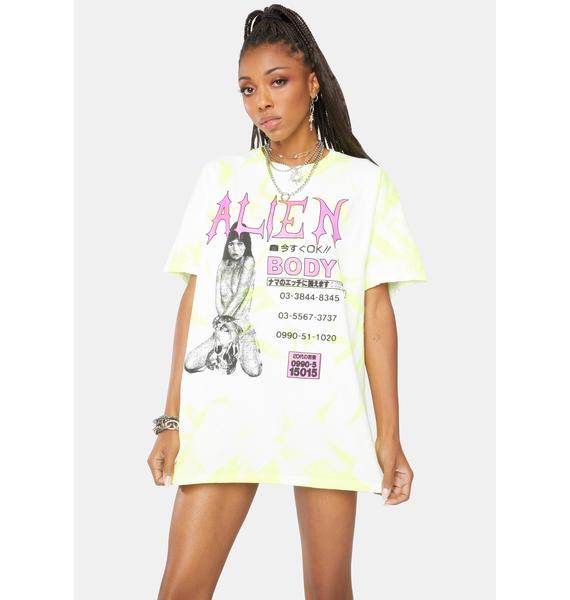 ALIEN BODY Alien Call Girl Tie Dye Graphic Tee