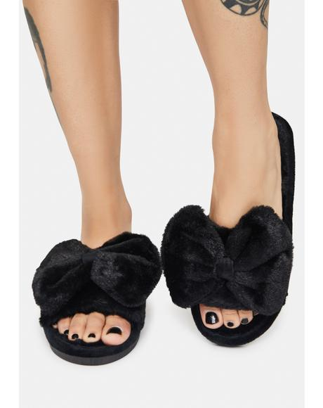 Midnight Me Time Plush Slippers