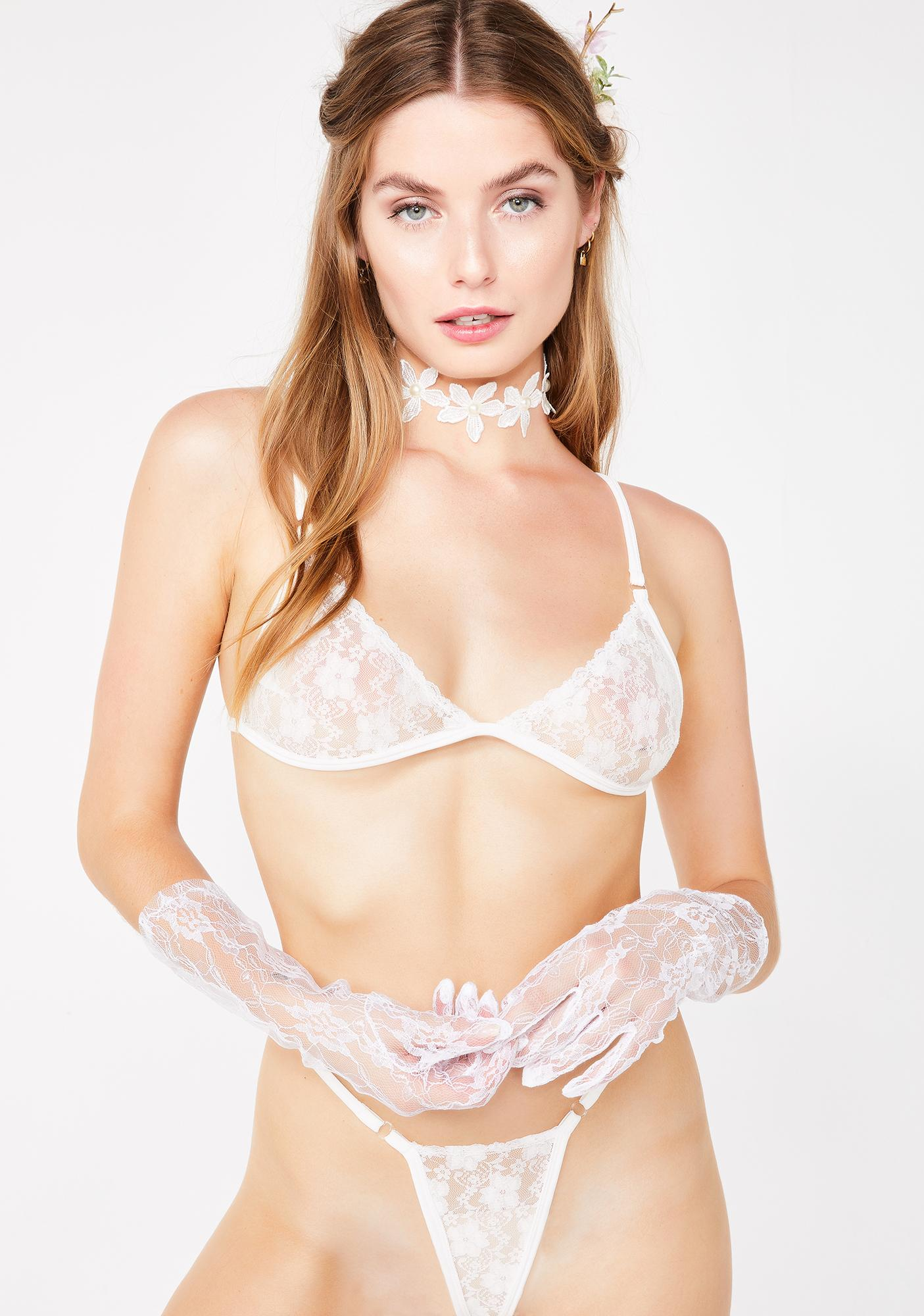 My Mum Made It Glow Lace Bra N' Thong Set
