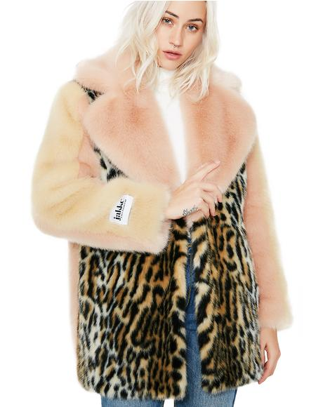Sarah Coat