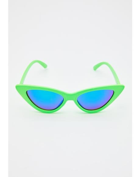 Beaming Love Cat-Eye Sunglasses
