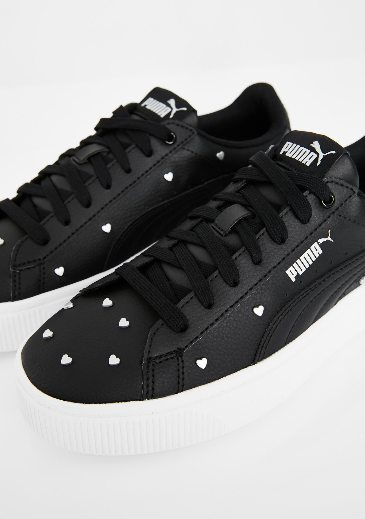 PUMA Vikky Stacked Studs Sneakers