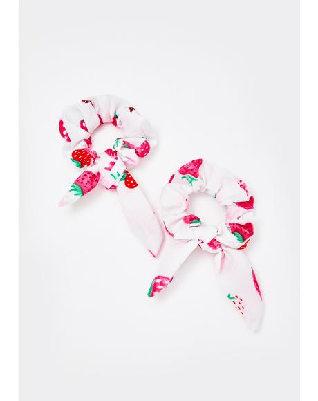 Berry Patch Scrunchie Set