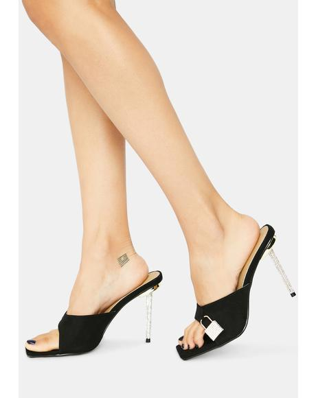 Wicked Follow U Anywhere Lock Peep Toe Kitten Heels