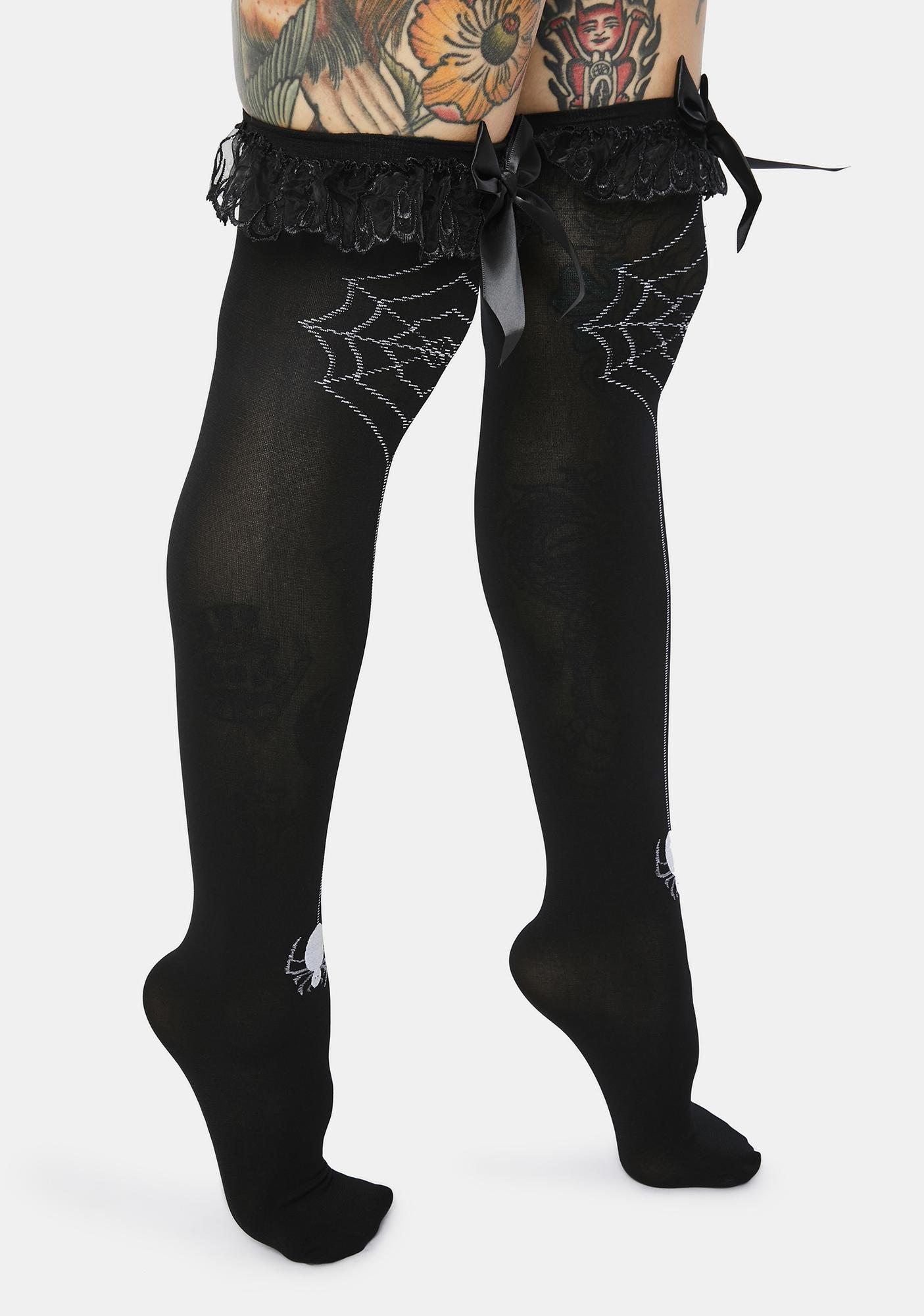 Make Me Scream Spider Web Ruffle Socks