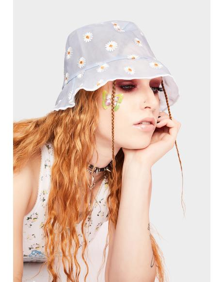 Cloud Dreaming Of Daisies Bucket Hat