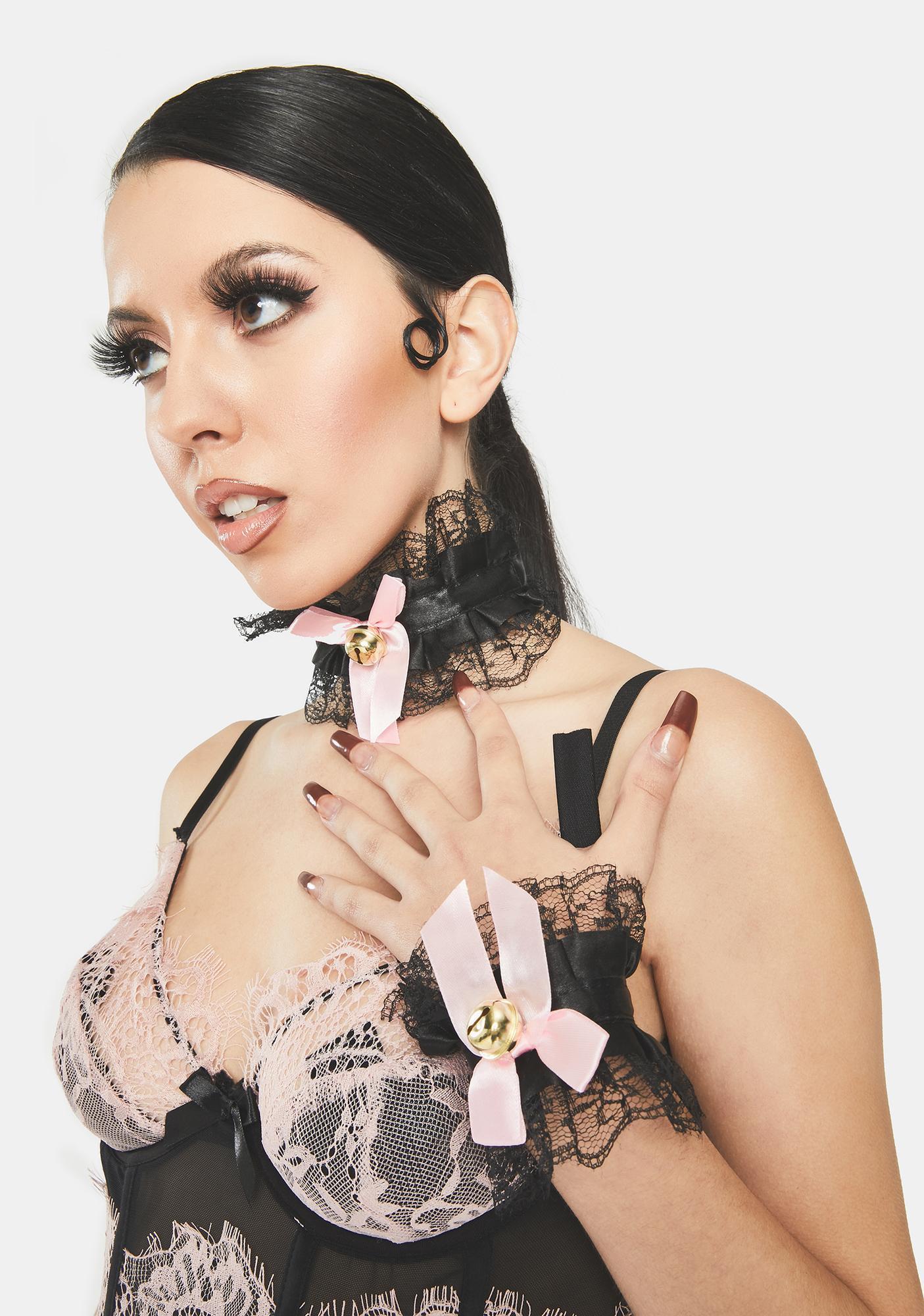 Midnight Say Please Lace Ruffle Choker And Cuffs Set