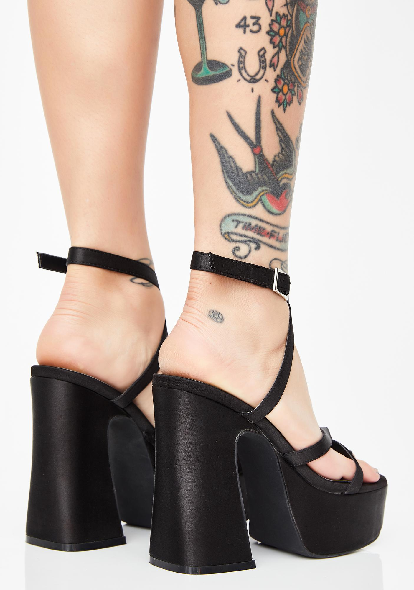 Poster Grl Dark Sassy Shmood Platform Heels