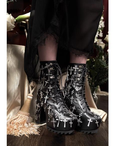 Idol Worship Charm Boots