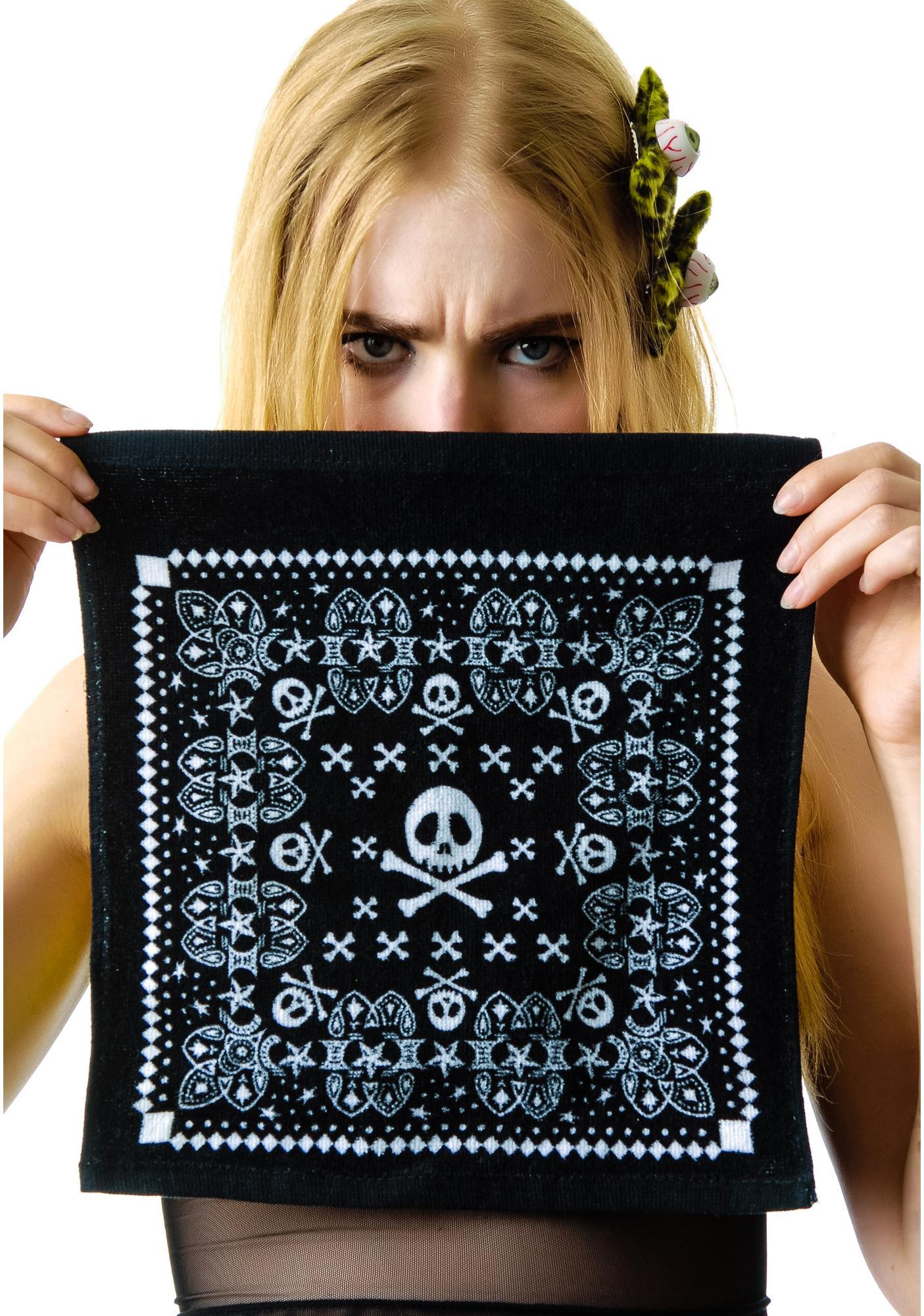 I'm With the Bandana Skull Wash Cloth