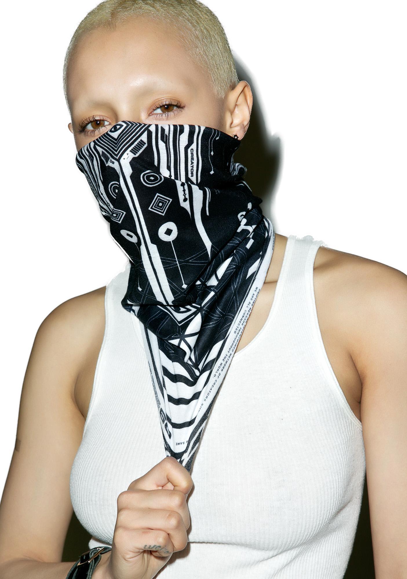Damascus Crystal Pillar Face Mask