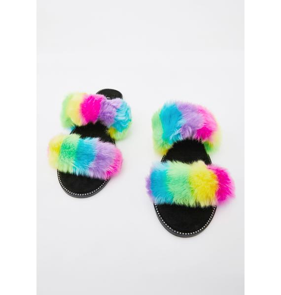 Hug Dealer Faux Fur Slides