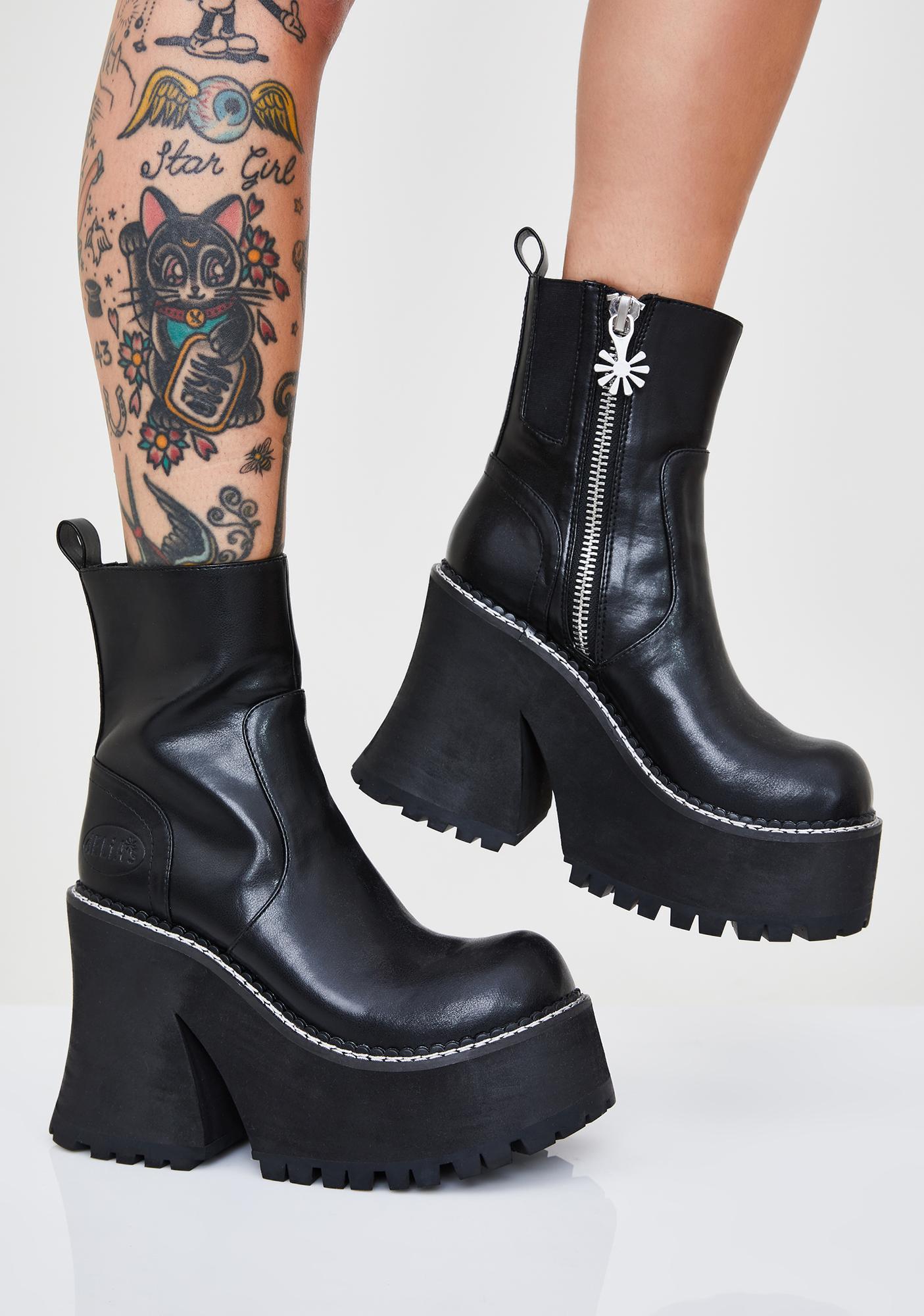 Delia's Smooth Vegan Leather Platform