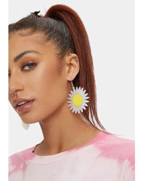 Watch Me Bloom Daisy Drop Earrings