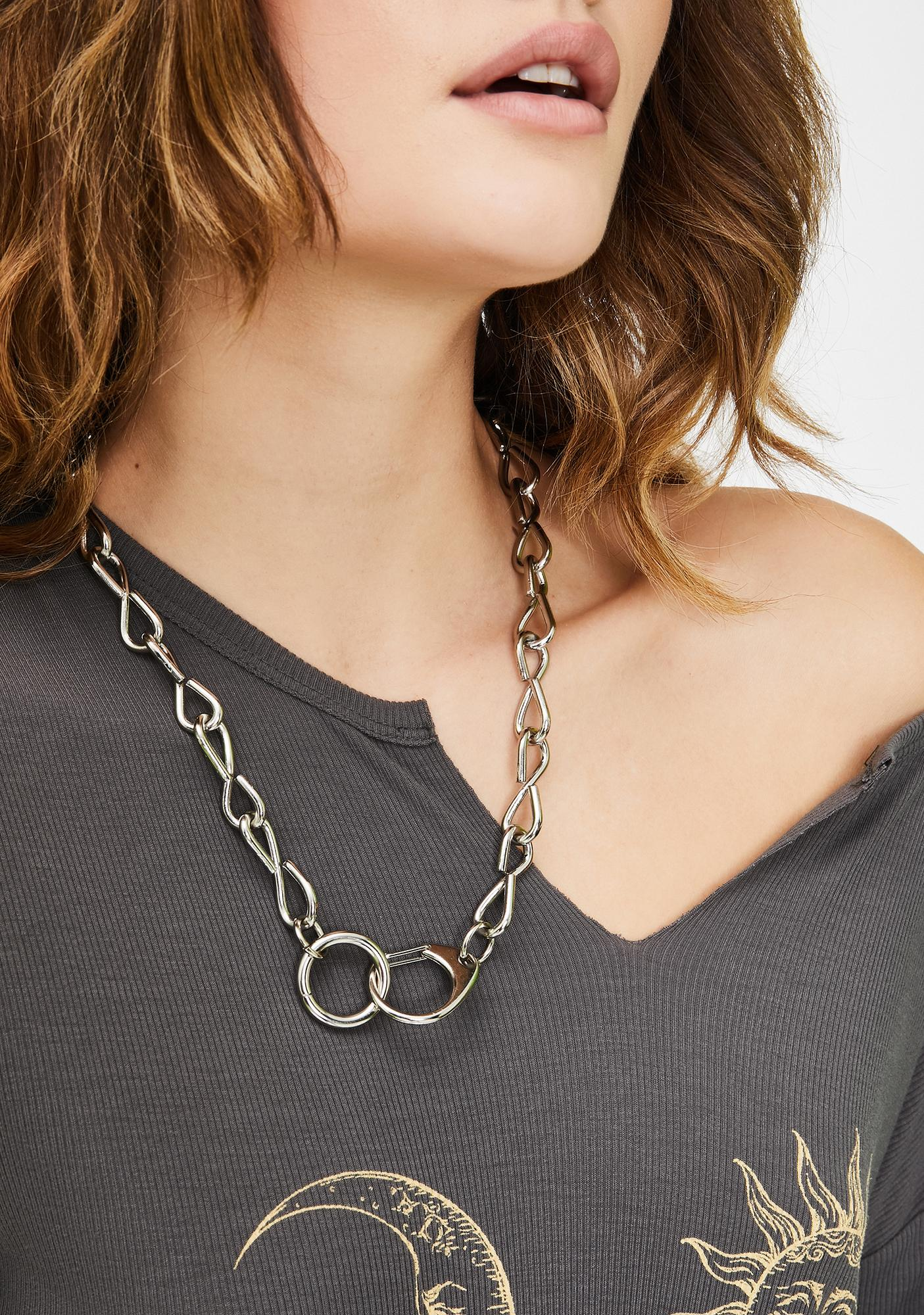 Explicit Tricks Chain Necklace