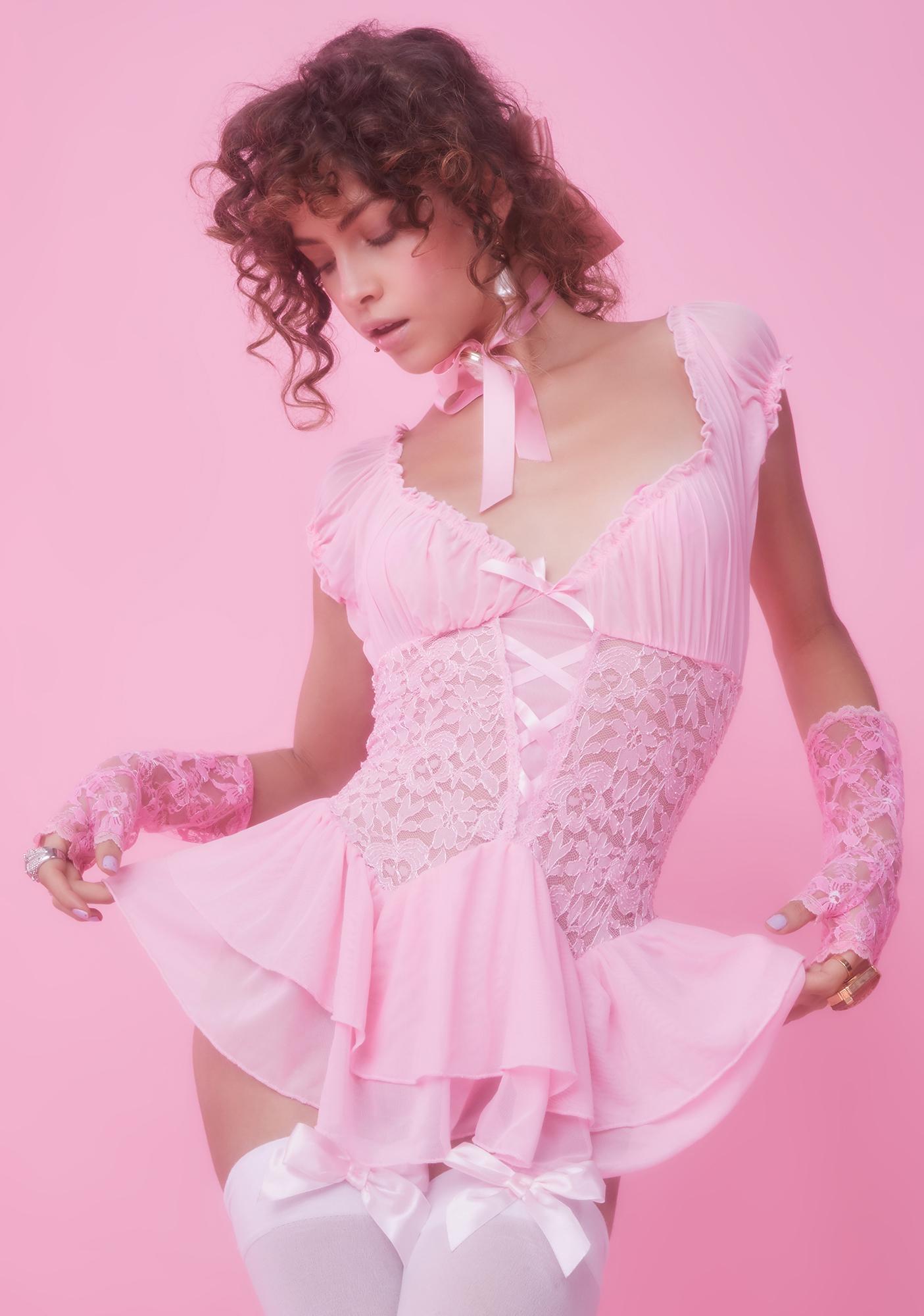 Medium Vintage ballet pink lace teddy