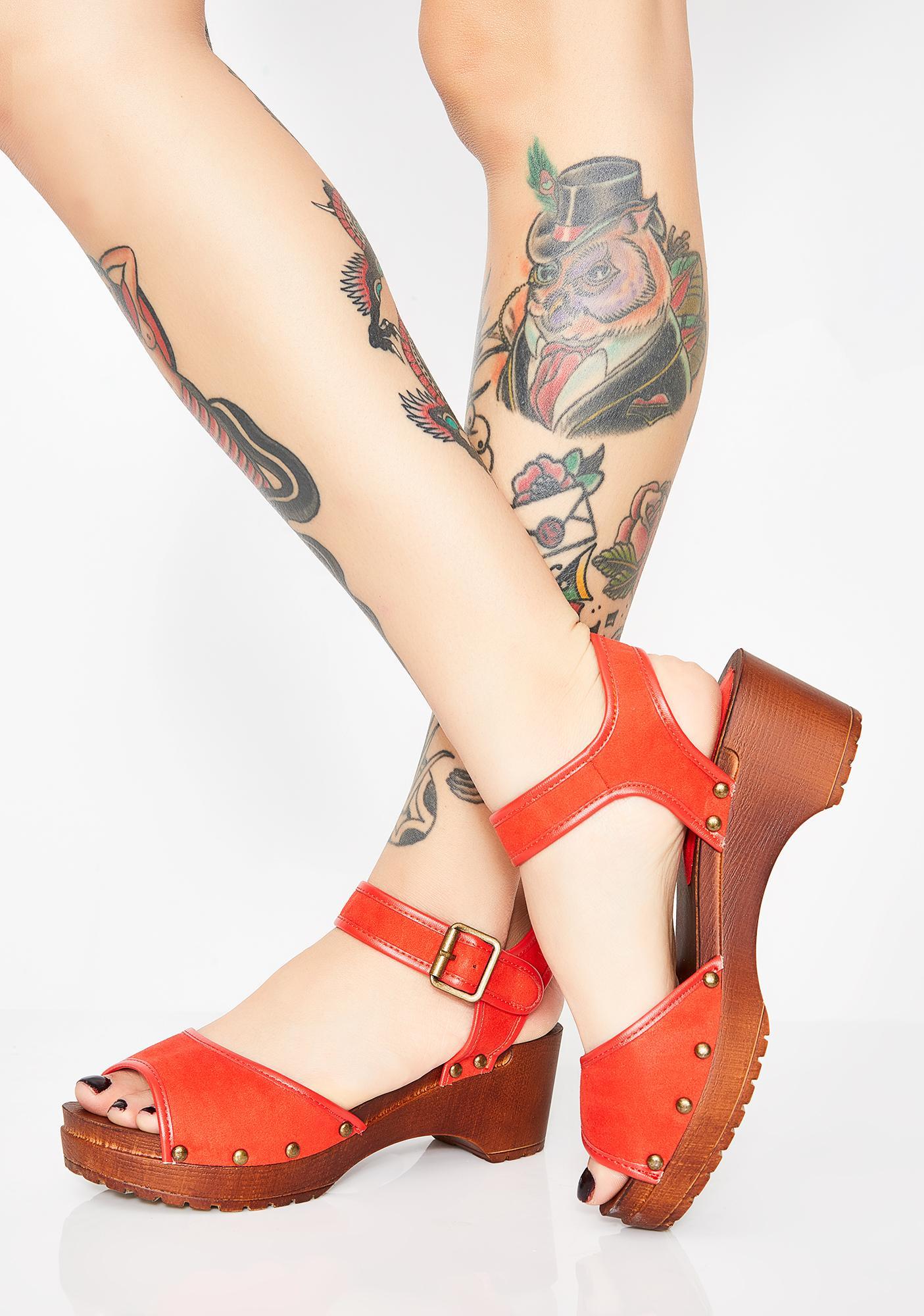 Hott Trippy Townie Platform Sandals