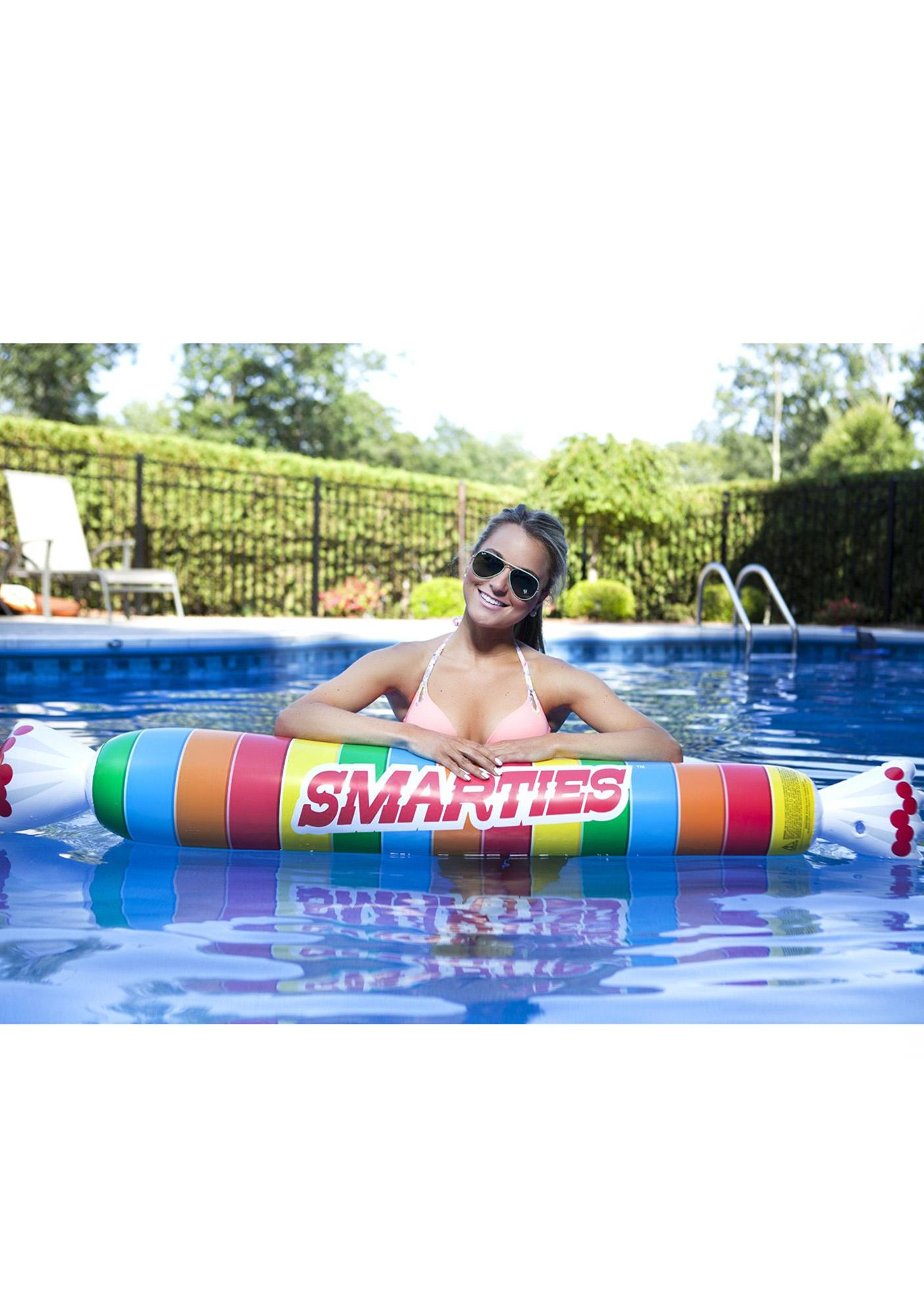 Smart Noodle Pool Float