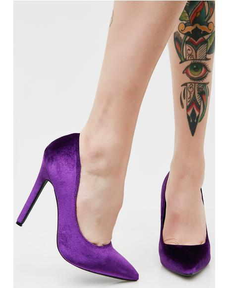 Brisk Walk Velvet Pumps