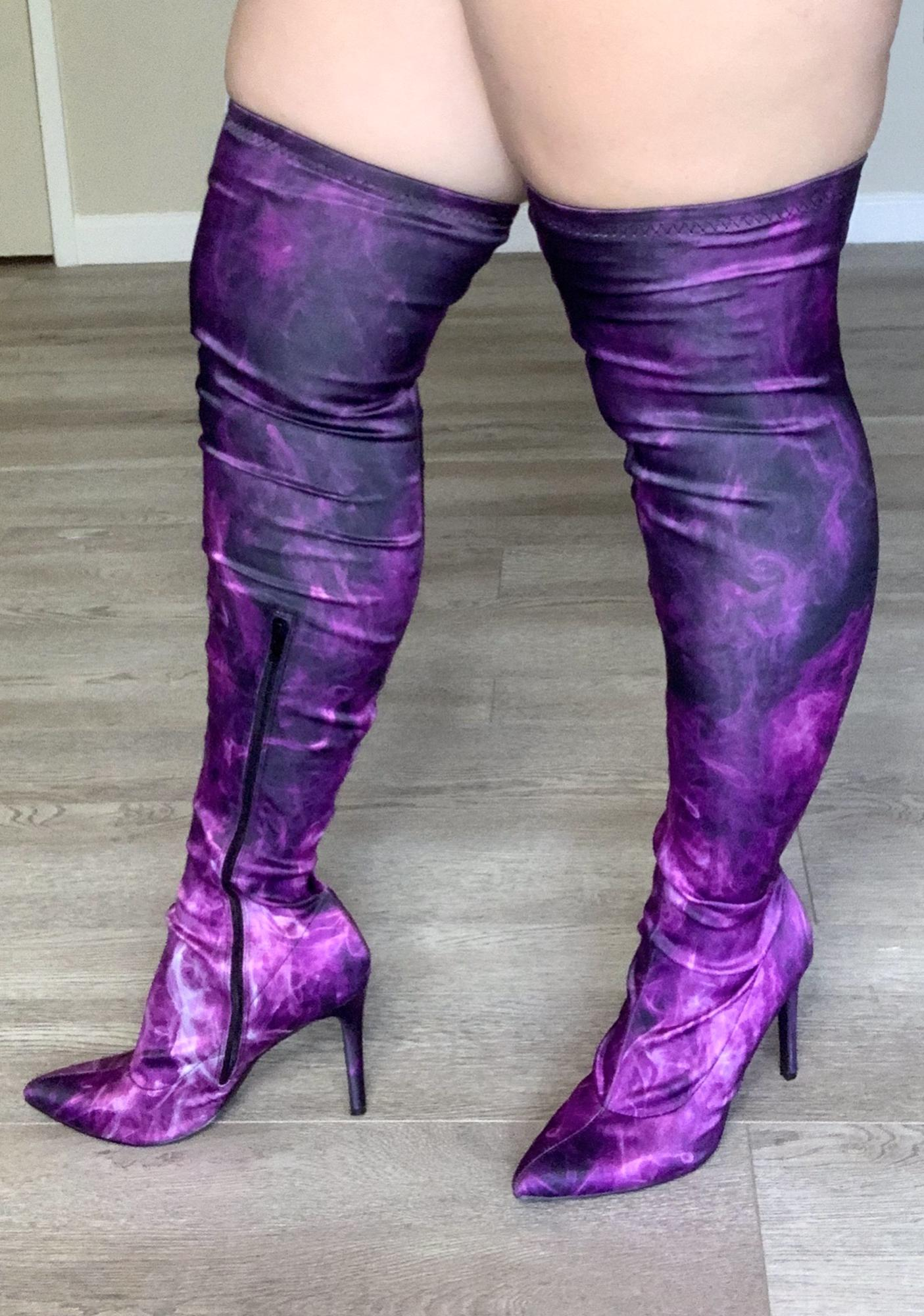 Poster Grl Burn Notice Thigh High Boots