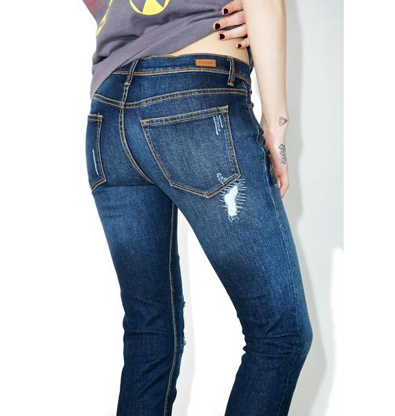 Hangin' Tough Distressed Jeans