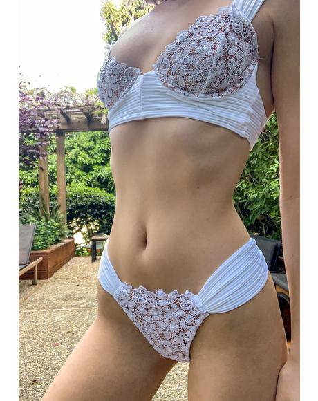Ivory Daisy Lace Underwire Bikini Top