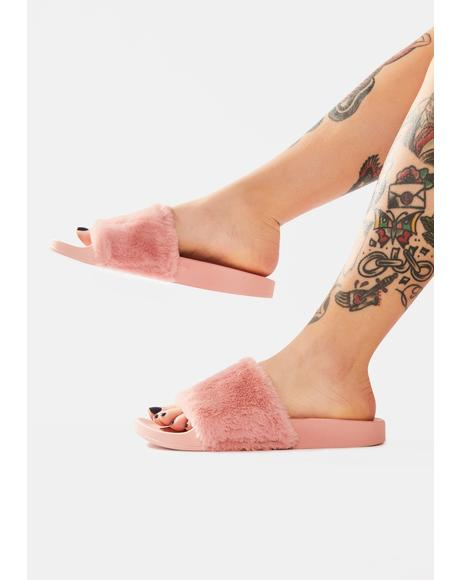 Blush Flatter Me Furry Slides