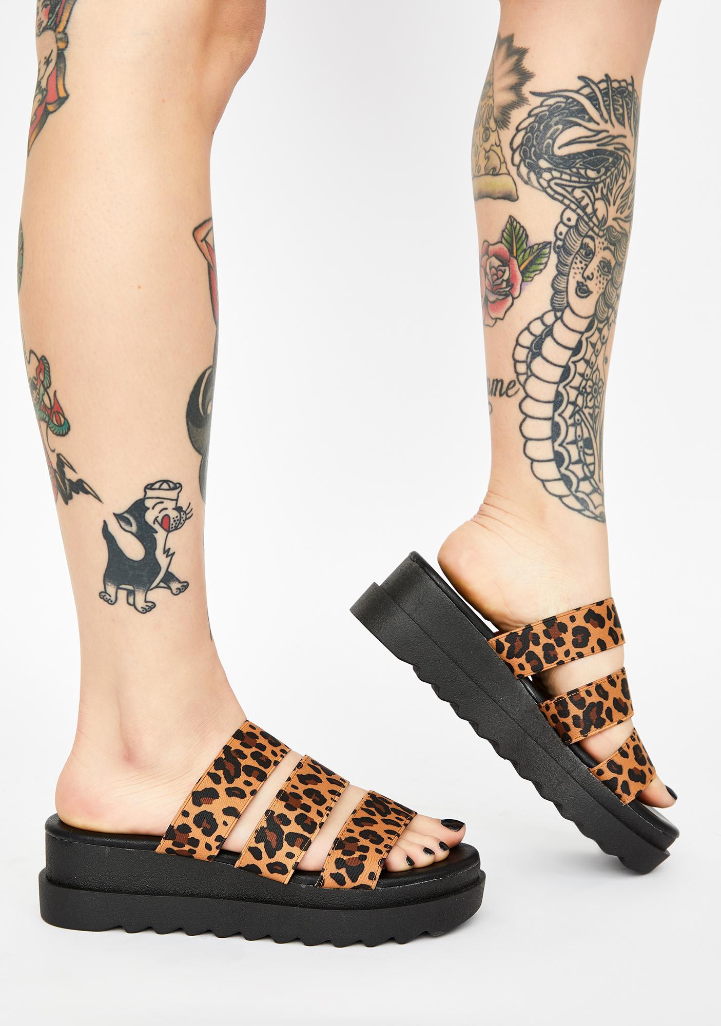 Fatal It's A Deal Slide Sandals