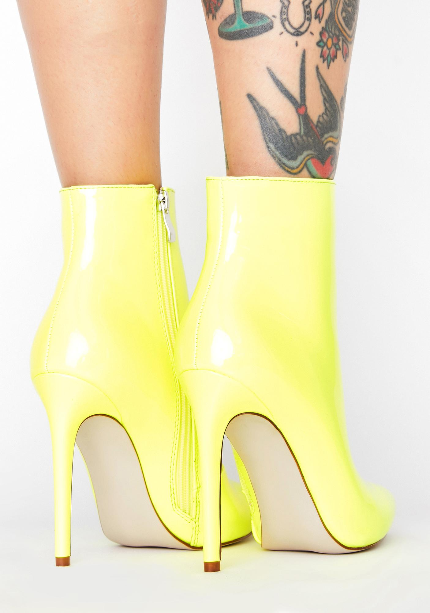AZALEA WANG Shook Gotta Have It Ankle Boots